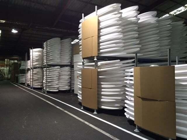 racks mobiles en location chez un fabricant de planches de surf